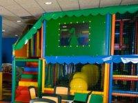 Completo parque infantil