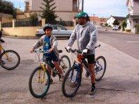 Monitor con bici piccola