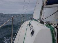 Disfrutando de un dia nublado en alta mar