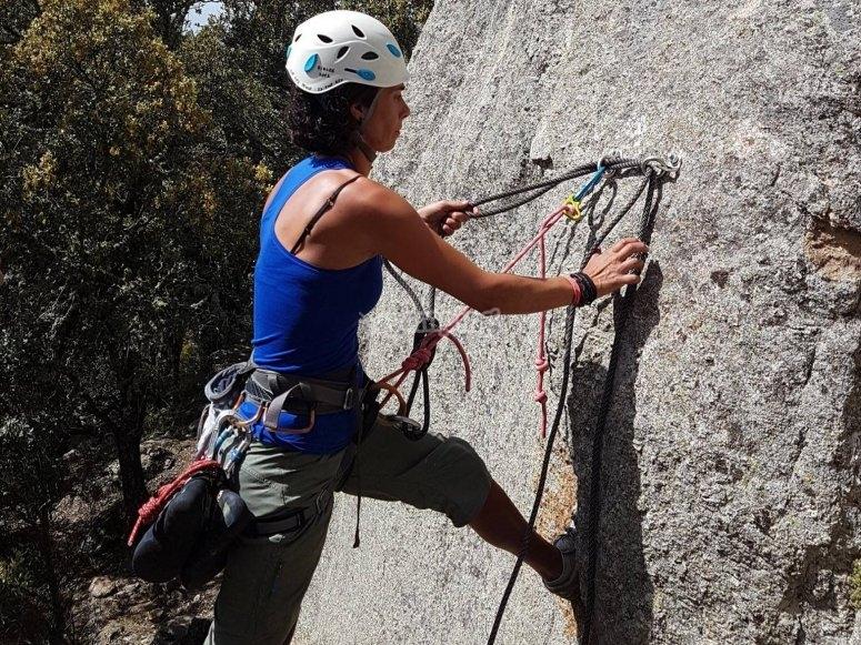 Practicando escalada