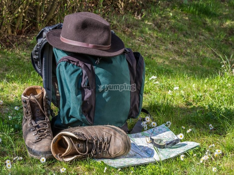 Material para la aventura en la montaña