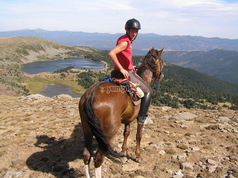 Montado a caballo en Covarrubia
