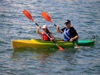 Compartiendo kayak