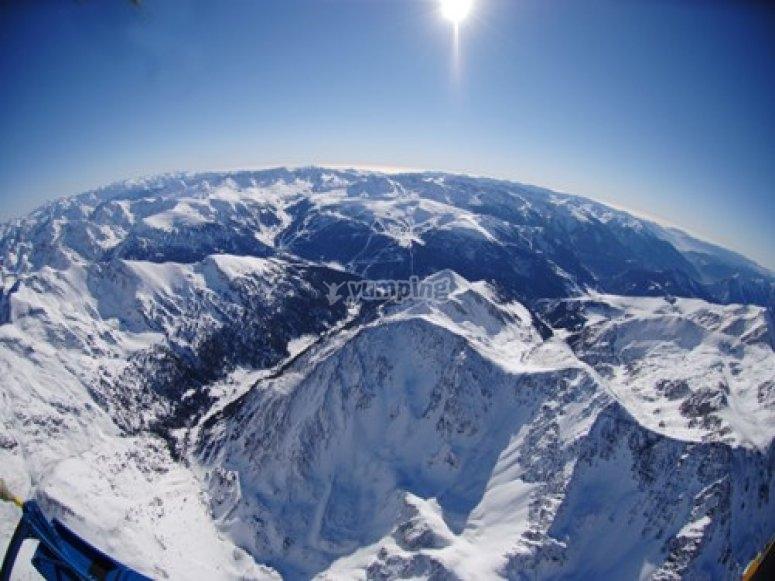 Paisaje nevado Andorra