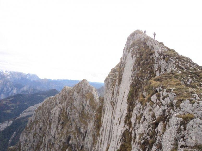 Ruta por el Pico Tiatordos - Foto de gistredobembibre