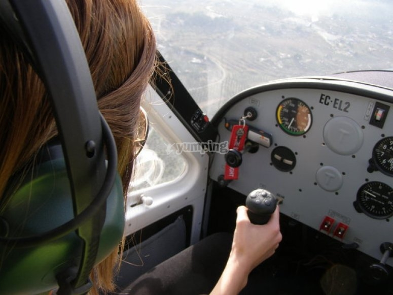 You will learn how to pilot an ultralight
