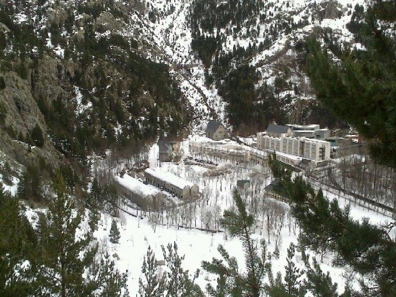 /tb_5-rutas-de-raquetas-de-nieve-por-el-pirineo-aragones-panticosa.jpg