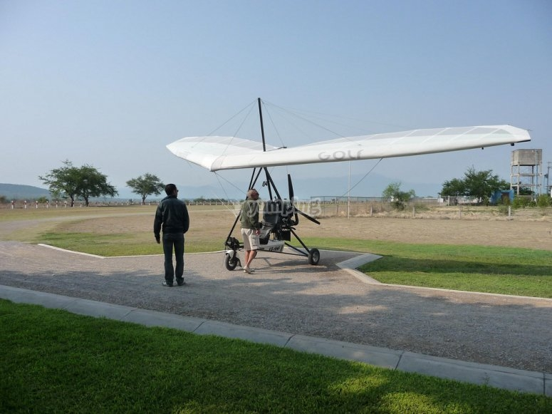 Ultralight in the take-off track