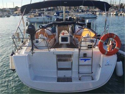 Valencia Corporat e Sail
