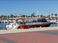 Barco preparado en el puerto