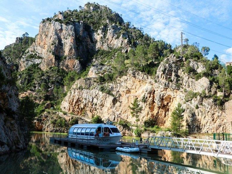Salida en barco por río Júcar