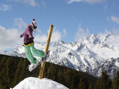 Cerler Castanesa Escuela de Esquí Snowboard