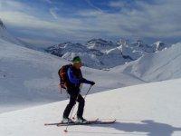 与滑雪特拉韦西亚冬季滑雪