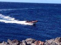享受海的速度在海上logocentrodebuceoelhierro