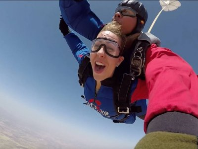 Skydive Granada: paracaidismo en los cielos andaluces