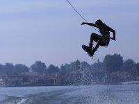 Saltos de wakeboard