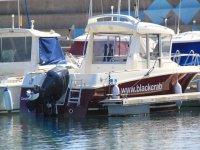 Uno de los barcos para salir a navegar