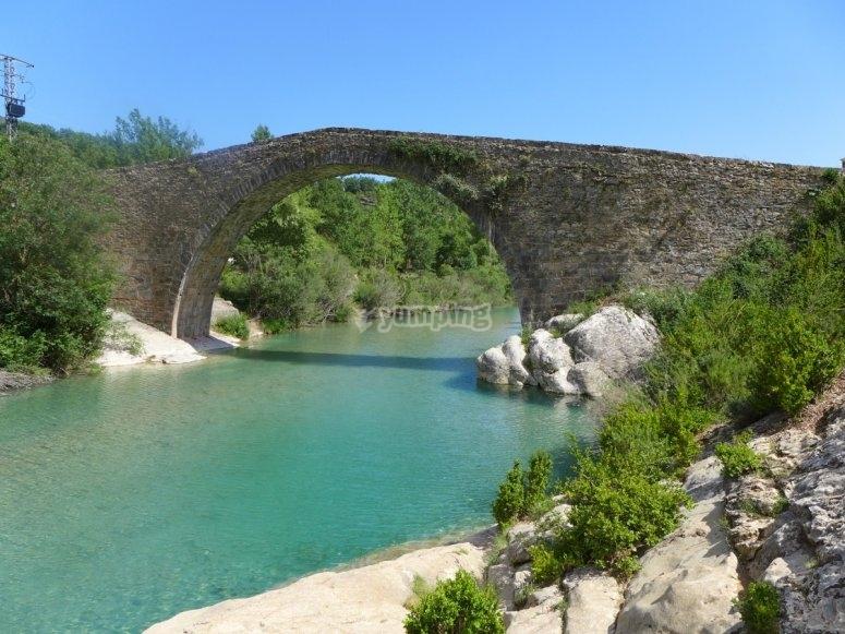 Badinas con el puente de Pedruel - Foto de excursionesporhuesca