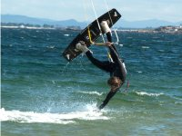 kitesurf con spin in aria