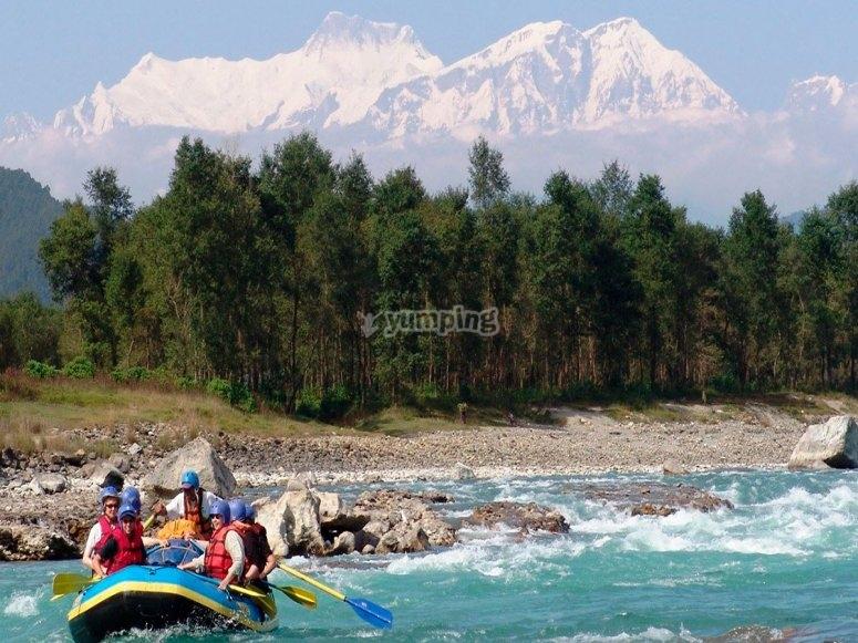 Rafting por el Himalaya