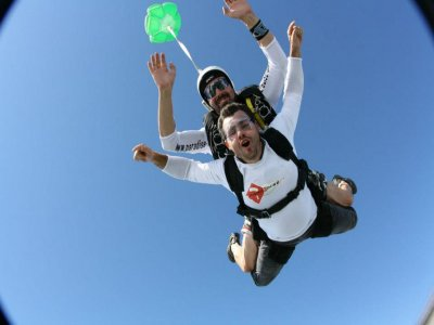 Tandem skydive jump in Pau, France