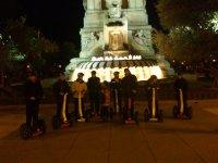 En la plaza de noche