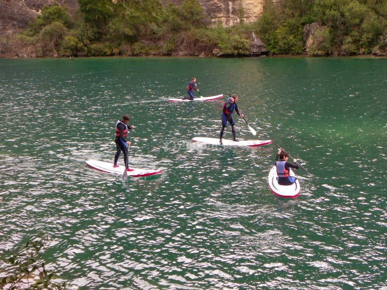 Paddle surf en el Embalse de Buendía