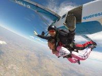 Lanzandose en paracaidas en Portugal