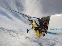 Salto tandem en paracaidas en Portugal