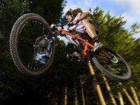 Saltando en bici