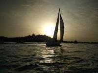 韦尔瓦帆船的黄昏