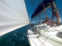 帆在韦尔瓦(Huelva)部署