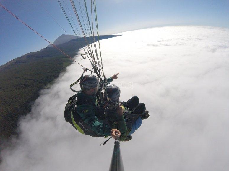 Sobrevolando el Teide