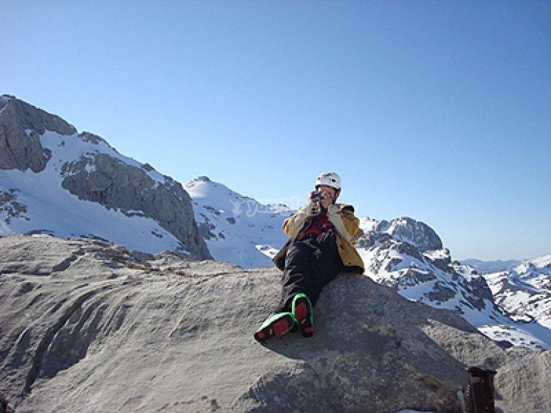 探索坎塔布里亚山脉的高山滑雪