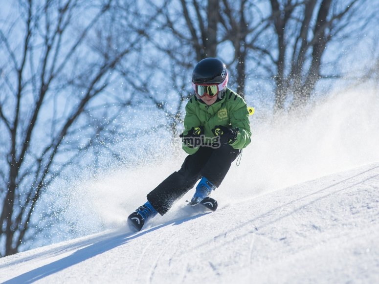 peque esquiando
