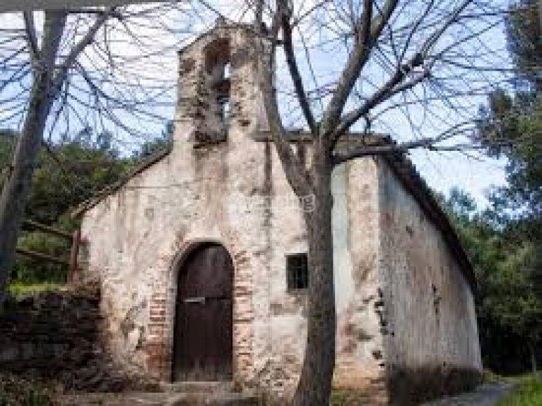 Ermita de Sant Marti de Montseny