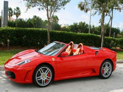 Drive a Ferrari in highway in Gran Canaria 40 min