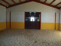 盒覆盖覆盖骑术学校