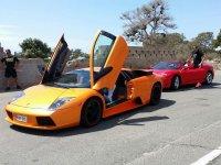 Lamborghini con puertas levantadas
