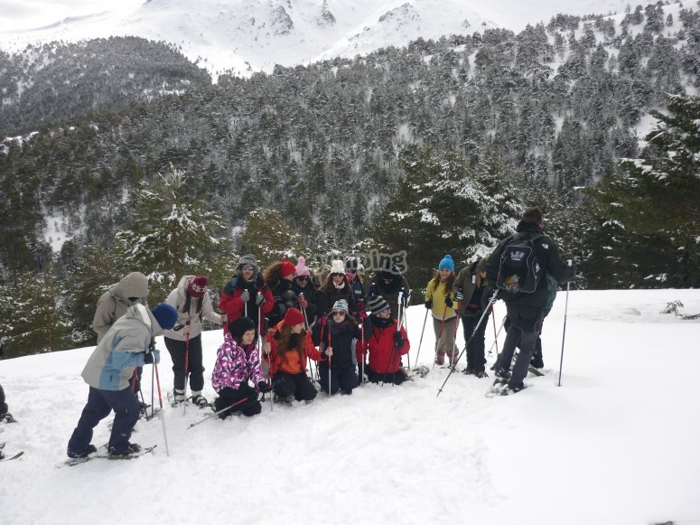 Introduction to snowshoeing route