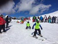 Aprendiendo a esquiar en Sierra Nevada