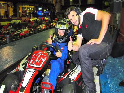 Tanda de karting indoor Barcelona 10 minutos niños