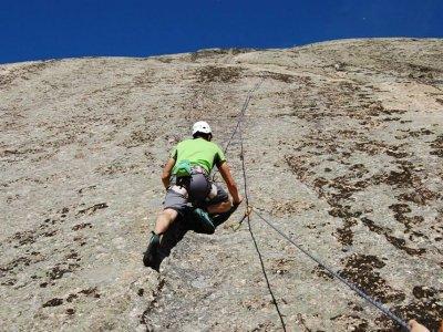 Bautismo de escalada en roca en Ávila