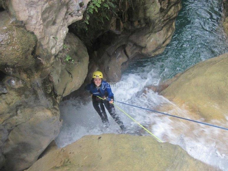 Rápel en el barranco de Río Verde