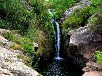 Cascada natural en el Penedes