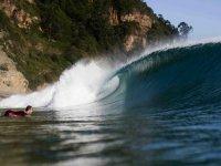 Sali sull'onda del Cantabrico