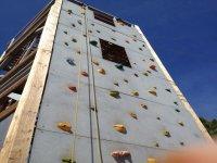 Climbing wall and zipline in Toledo