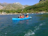 学习独木舟航行