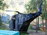 Helicóptero destruido
