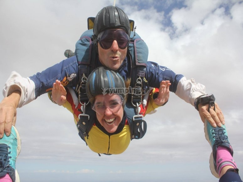 Skydiving session